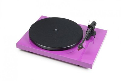 Pro-Ject Debut Carbon DC (OM-10) - Hoogglans Paars